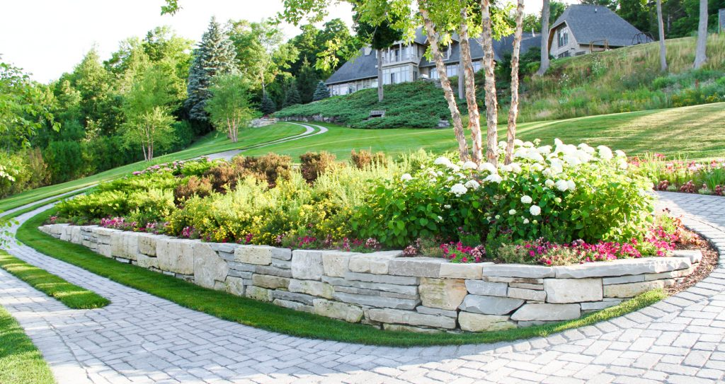 hardscapes-retaining-wall