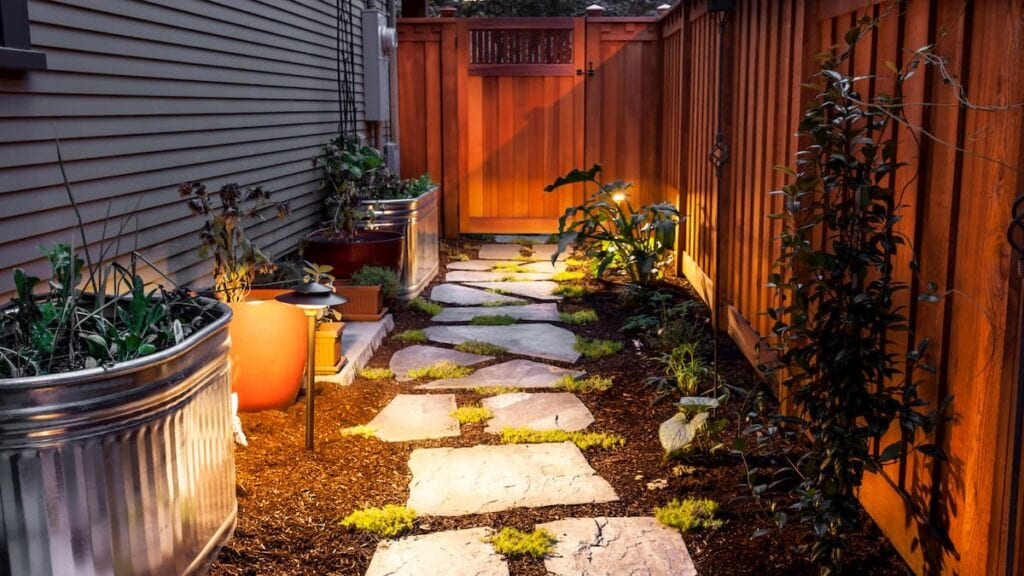 affordable landscaping walkway design