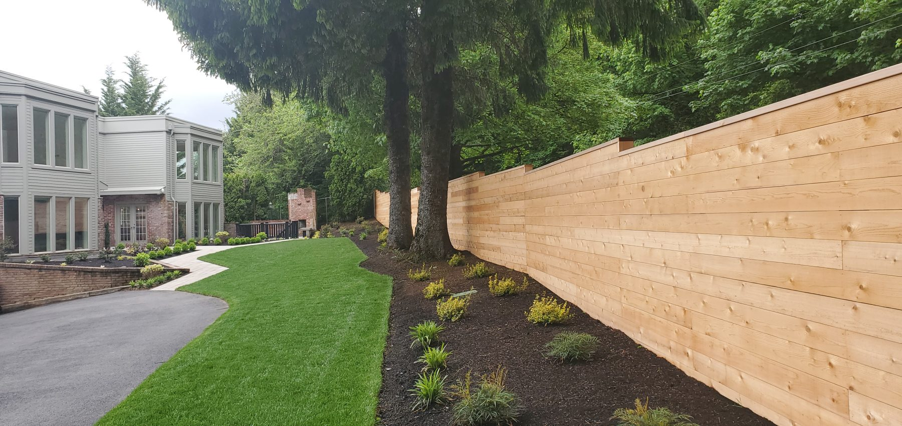 Image of a Corbett fence design and installation project by Drake's 7 Dees