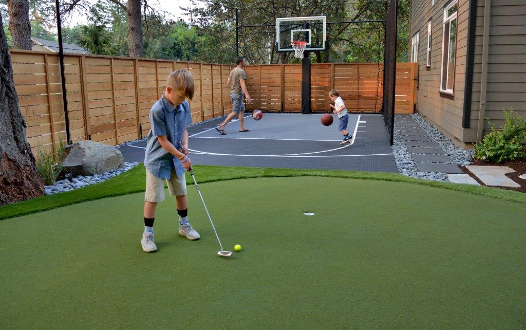 Image of a West Linn Backyard Putting Green Design and Installation by Drake's 7 Dees