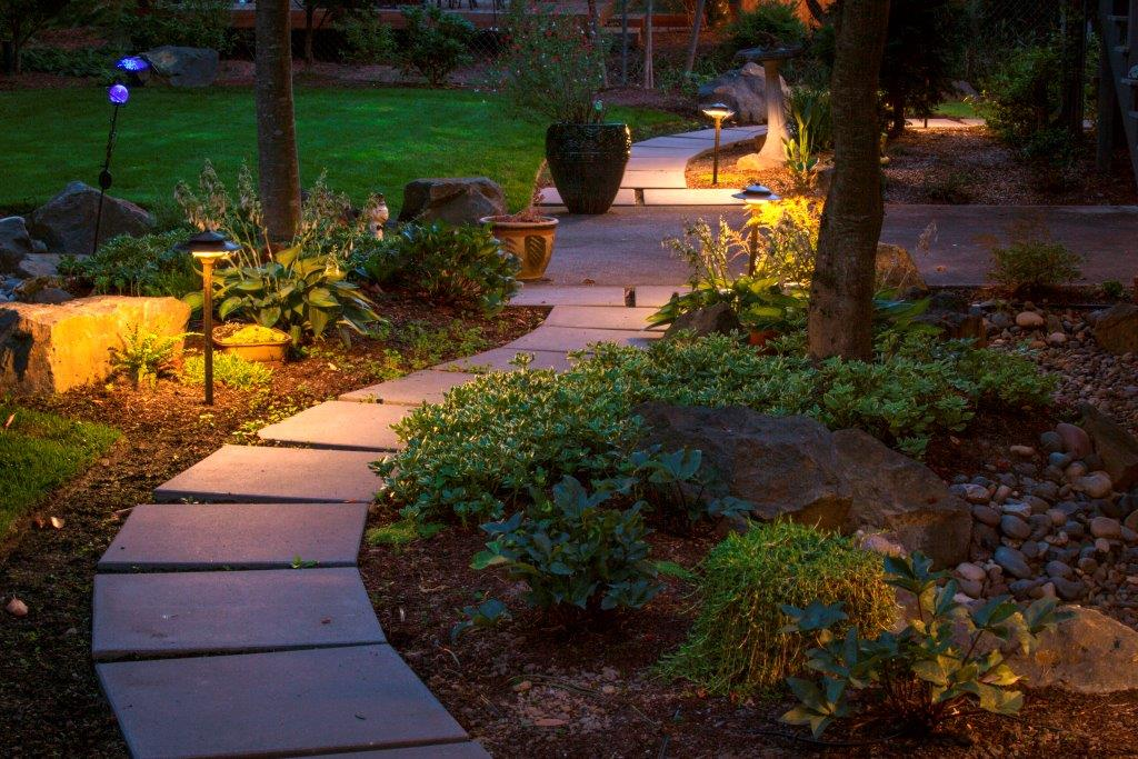 Image of a Willamina Outdoor Lighting Design and Installation by Drake's 7 Dees