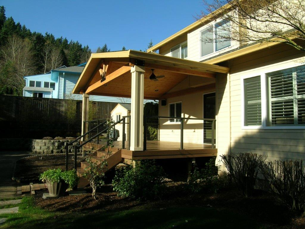 Image of a Tualatin deck design and construction project by Drake's 7 Dees