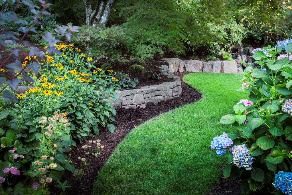 Image for Raleigh Hills one time and seasonal landscape maintenance service