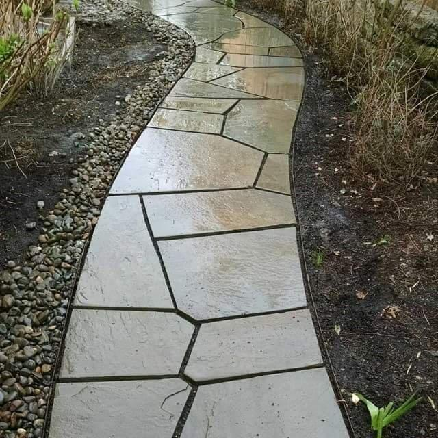 Image of an Oregon City Custom Patio Design and Installation by Drake's 7 Dees